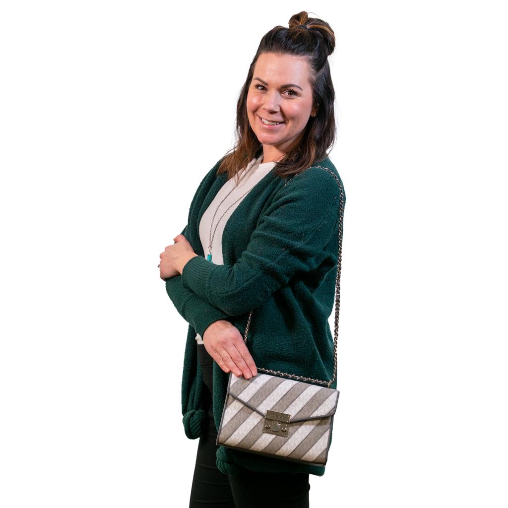 Dacotah Bank purse sponsor